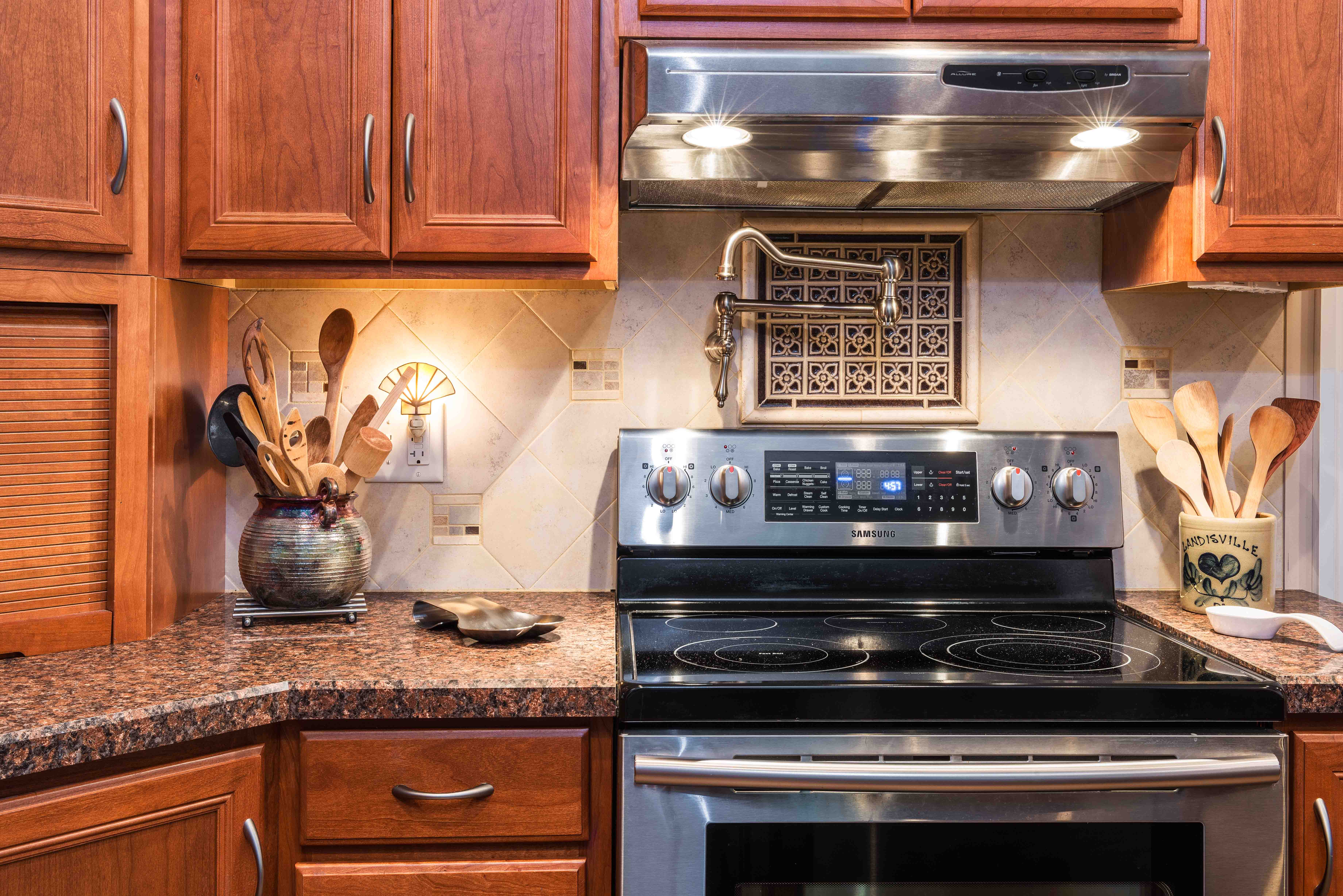 Kitchen remodel cost basics lancaster pa remodeling tips for Kitchen remodeling lancaster pa