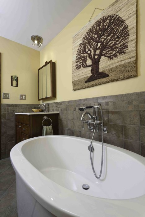 Lancaster pa remodeling tips tricks from mbc building for Bathroom remodeling lancaster pa